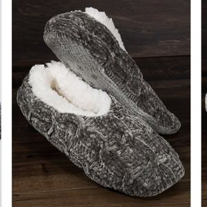 🆕 Fleece lined Chenille slippers Charcoal